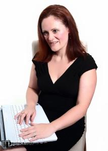 Angela Chouaib